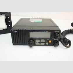 VHF MARINO ICOM IC-M58